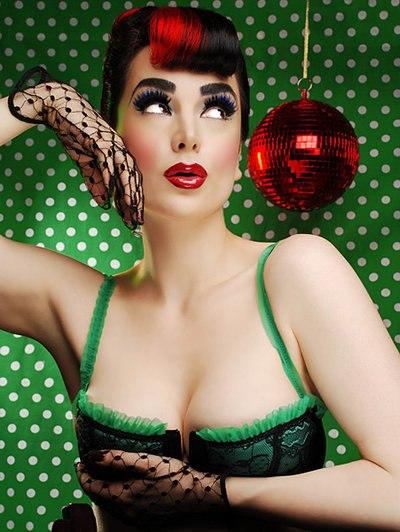 xmas burlesque